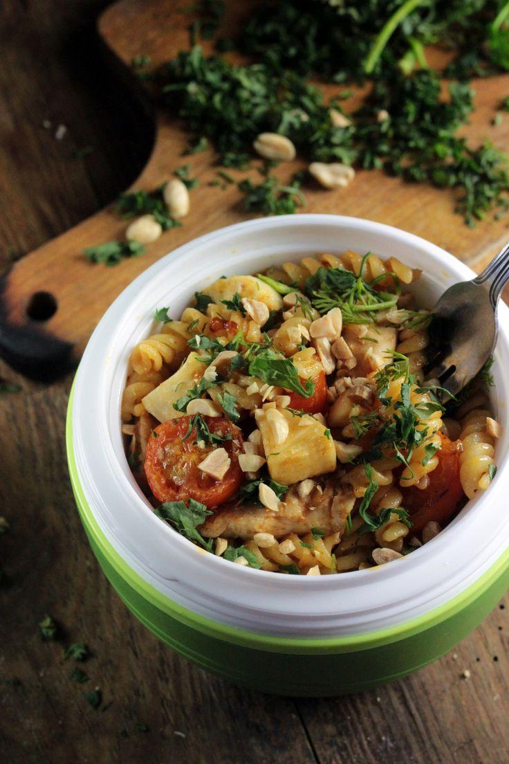 http://ostra-na-slodko.pl/2016/12/12/makaronowy-lunchbox-z-kurczakiem-i-warzywami-lubella-do-13-12/