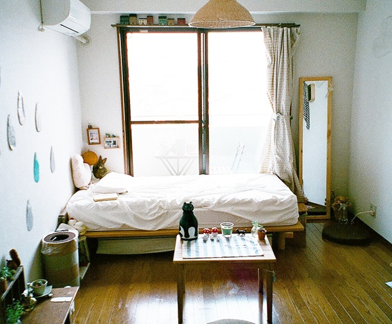 Apartment living i can see my bedroom in my future apartment looking something like this · single girl bedroomstiny