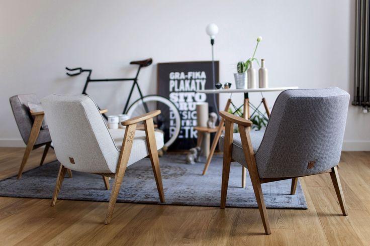 366 easy chair tweed
