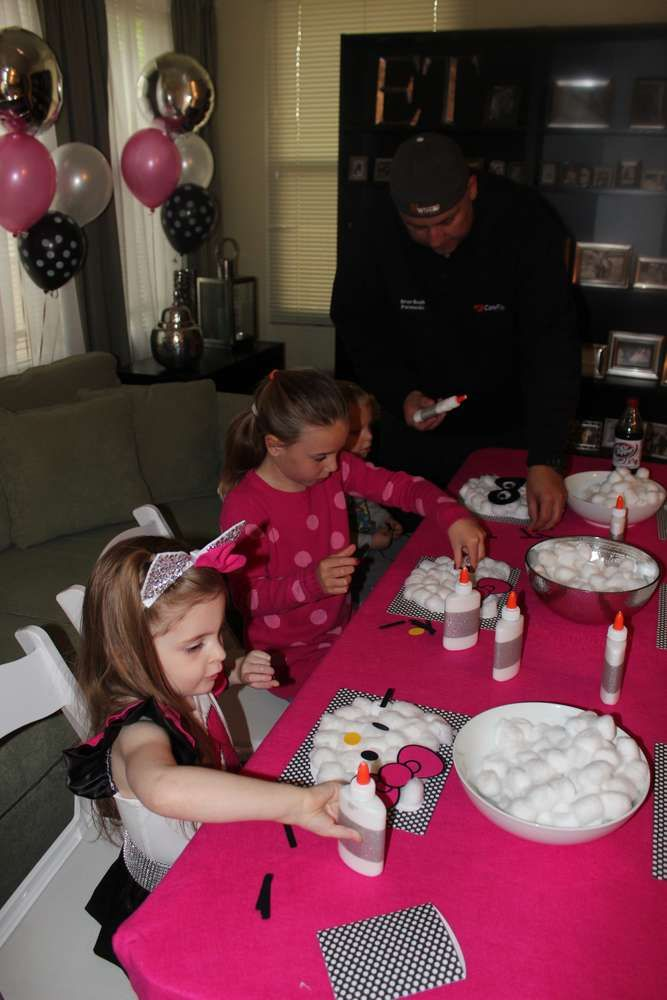 Hello Kitty Birthday Party Ideas | Photo 9 of 39 | Catch My Party