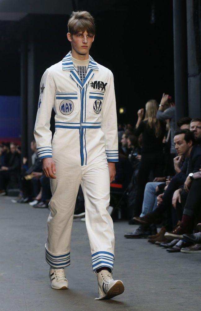 In beeld: de meest opvallende looks op de modeweek voor mannen in Londen - Mode - KnackWeekend.be