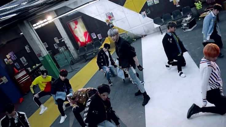 """WATCH: Wanna One's MV Teaser of """"Boomerang"""""""
