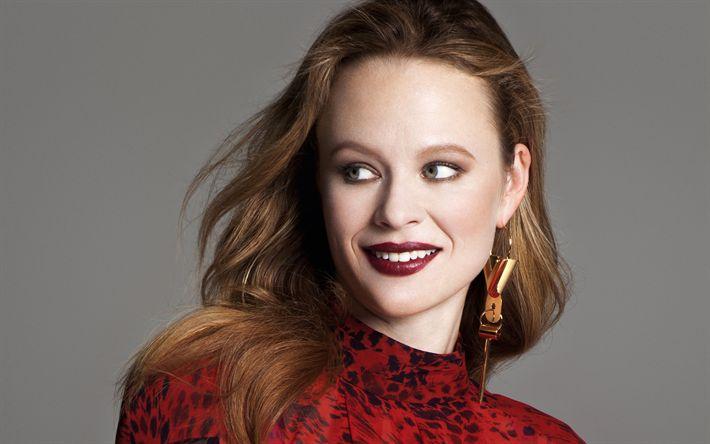 Herunterladen hintergrundbild thora birch, us-amerikanische schauspielerin, portrait, lächeln, rotes kleid, gesicht, foto-shooting