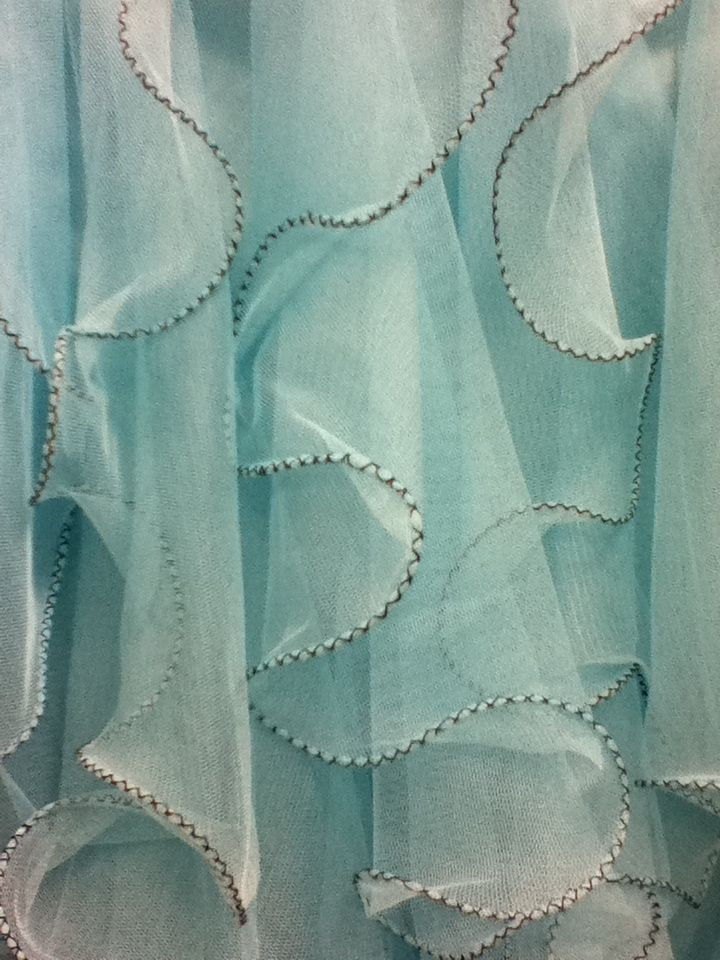 Pastel | Pastello | 淡色の | пастельный | Color | Texture | Pattern | Composition | Lovely ruffles.