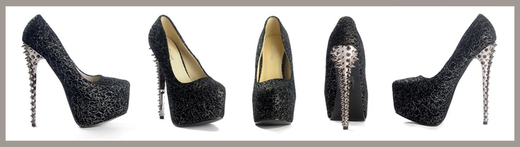 Mustat Korkokengät Hopeisin Koristein - Black Heels with Silver Pattern