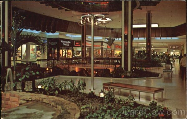 Lafayette Square Shopping Mall | Indianapolis Icon's ...