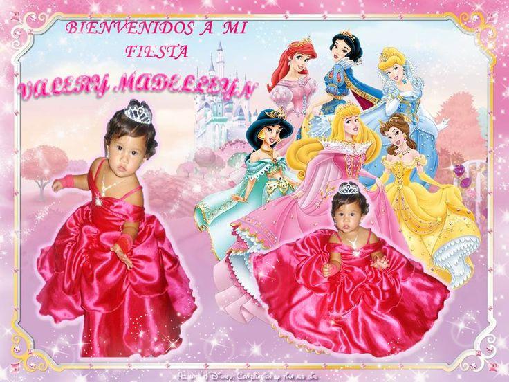 Vestido de La princesa Bella en Color fucsia.