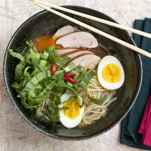 Recept - Noedelsoep met Shanghai paksoi en kip - Allerhande