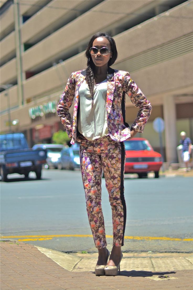 SOUTH AFRICAN STREET STYLE | TOPSHOP  Location:Neighbourgoods, Braamfontein, South Africa  Photographed by:The Expressionist  Like on Facebook:The ExpressionistFollow on Twitter:The Expressionist