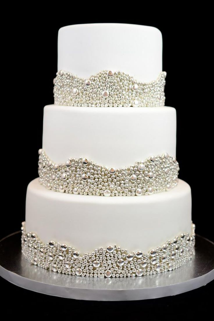 silver wedding cake decorations 1000 images about chwv wedding cake on 7449