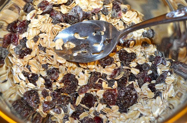Clean Eating Granola Bar | Skinny Minnie Moves
