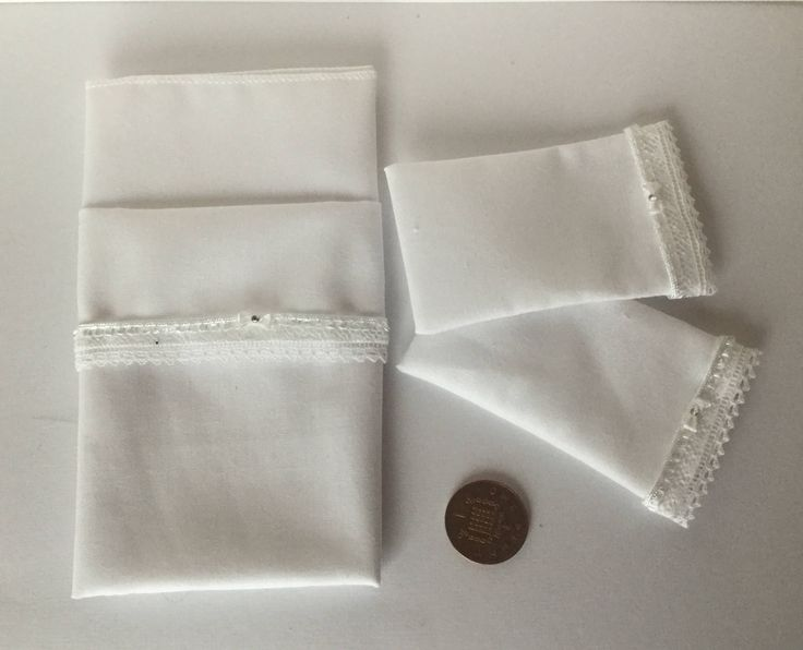 DollHouse Miniature 1/12th scale White Double Bed lace edge sheet & Pillow case set by Miniaturefrills on Etsy