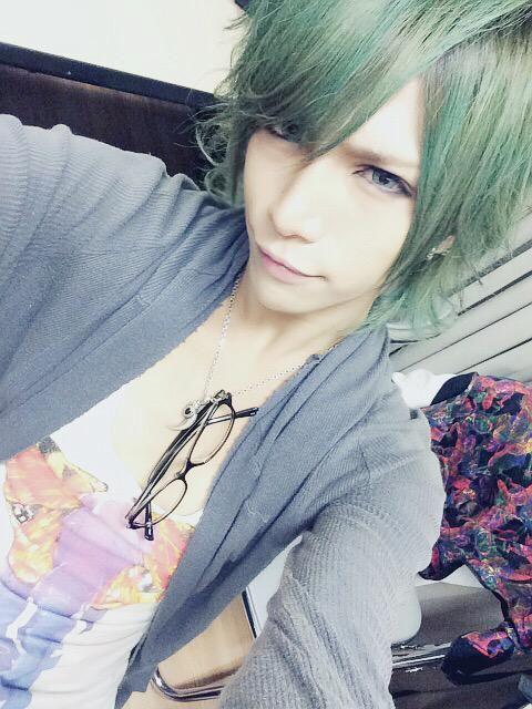 Natsume (LEZARD)
