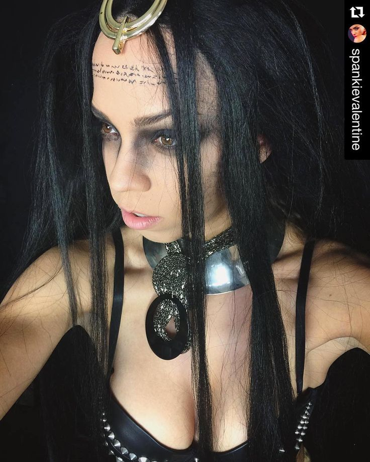 The Enchantress  Tag us in your favorite #SuicideSquadCosplay posts to be featured !  #Repost @spankievalentine  Beware The Enchantress.  Suicide Squad transformation by the amazing @klairedelys ... Stay tuned for the video! #suicidesquad #theenchantress