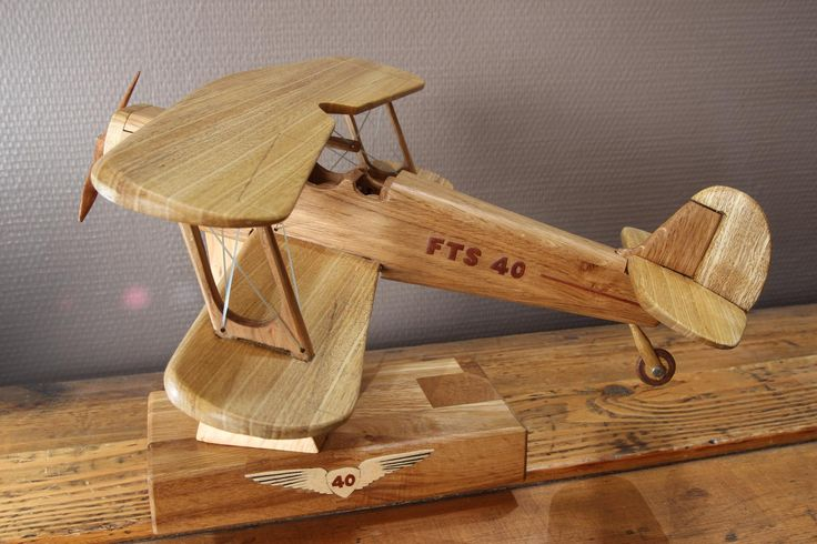 Maquette en bois d'un avion Stampe | Bois+ Le Bouvet