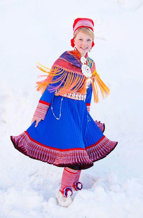 Sami folk costume from Kautokeino.Photo: Laila Duran Gorgeous colour and pattern