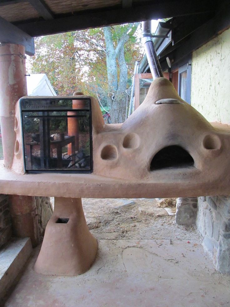 Rocket Stove Oven & Cob Pizza Oven side by side
