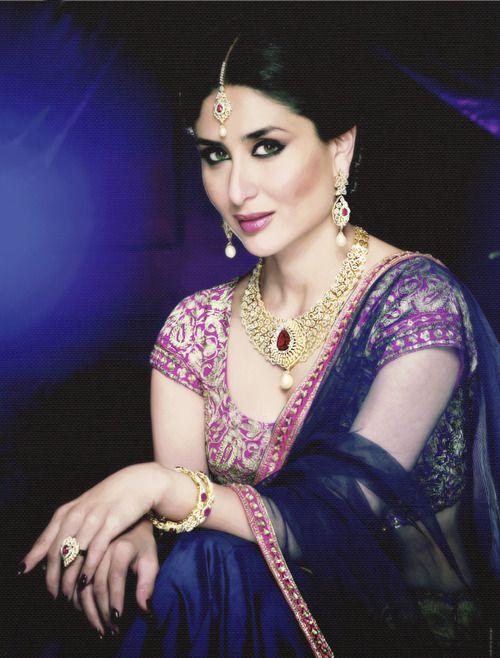 stunning Kareena Kapoor Khan I Malabar Gold  Diamonds Print Ad