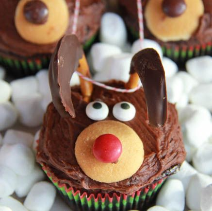 @KatieSheaDesign ♡❤ #Christmas #cupcakes ♥ ❈ Chocolate Reindeer Cupcakes1