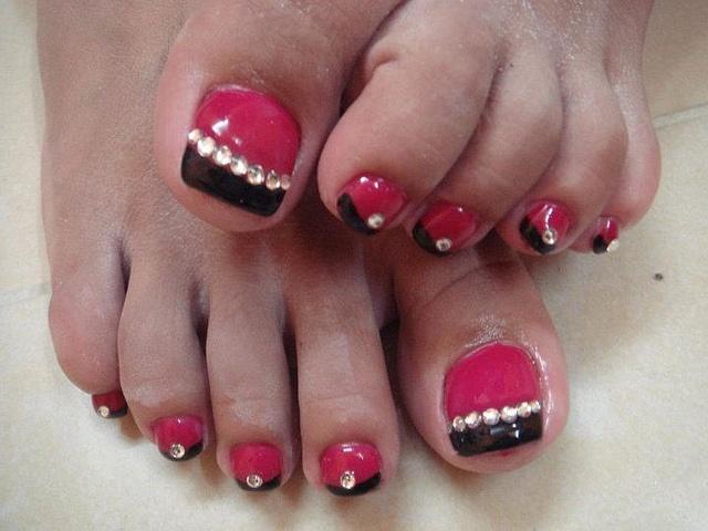 Pink And Black Toe Nail Designs