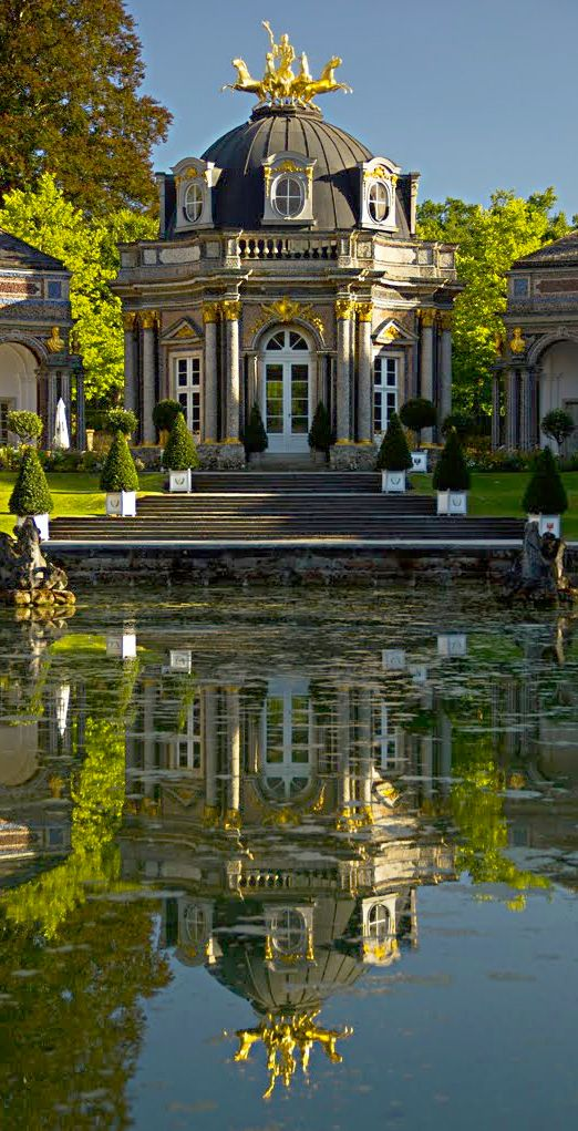 Luxury and opulence...Sonnentempel, Eremitage