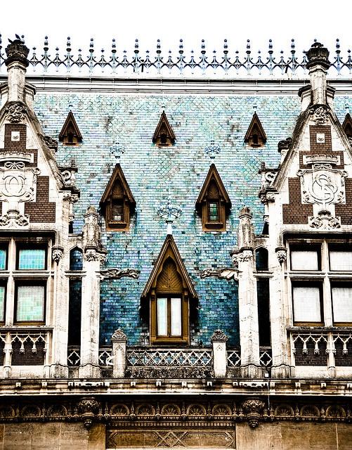 ✕ Windows, Calais, France / #details #france #architecture #exterior