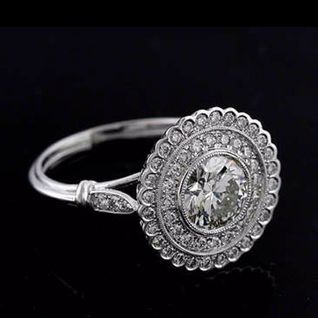 Love vintage art deco engagement rings they're just so different looking