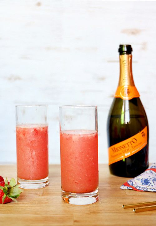 Strawberry Slam | 11 Prosecco Cocktails That Will Make You Fall In Love With Brunch All Over Again