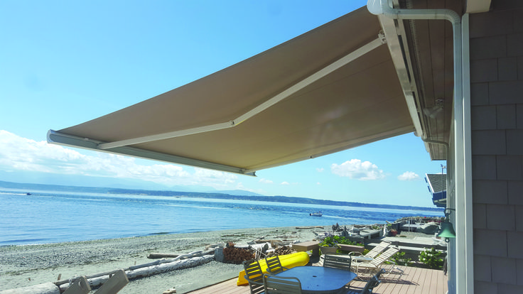 SunCassette Awnings provides a high level of protection while protecting your investment from the elements of mother nature by fully enclosing your fabric.