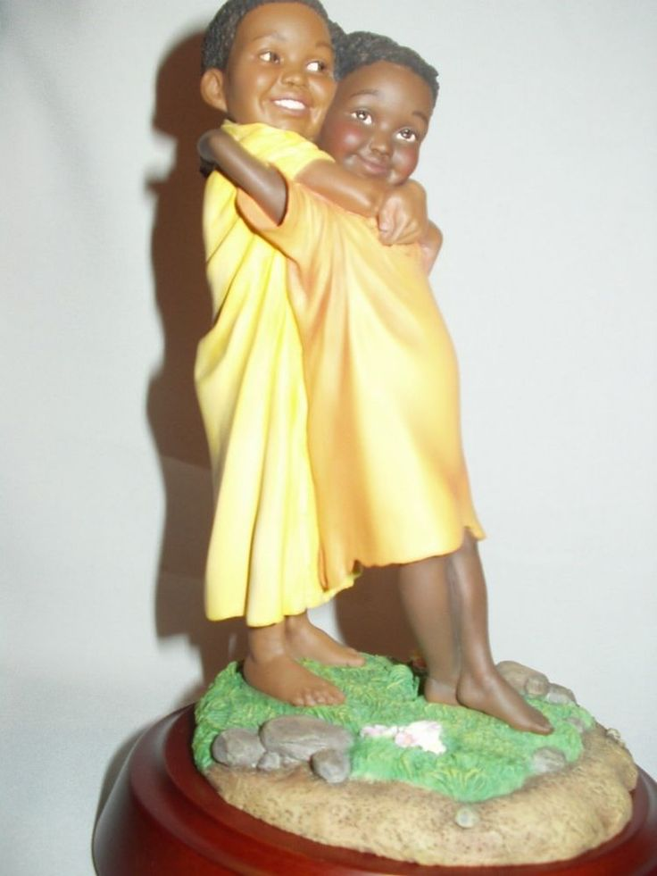 Thomas blackshear's ebony visions the family l e figure