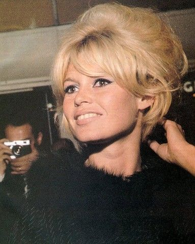 Brigitte Bardot: makeup and hair