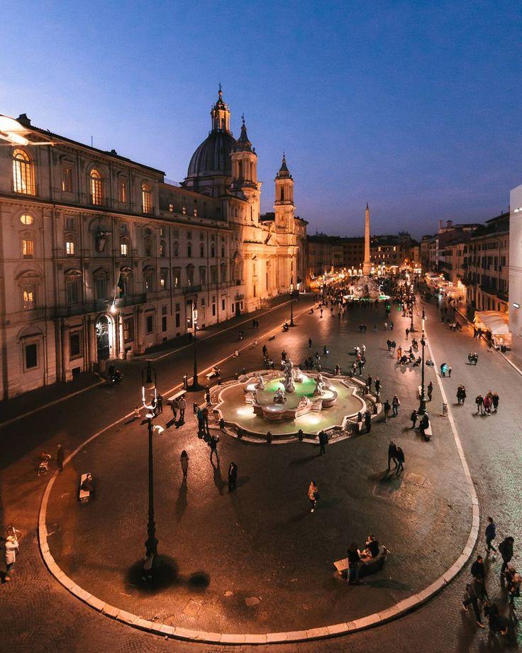 Roma, Piazza Navona ♠ photo by (@flaviochioda) su Instagram
