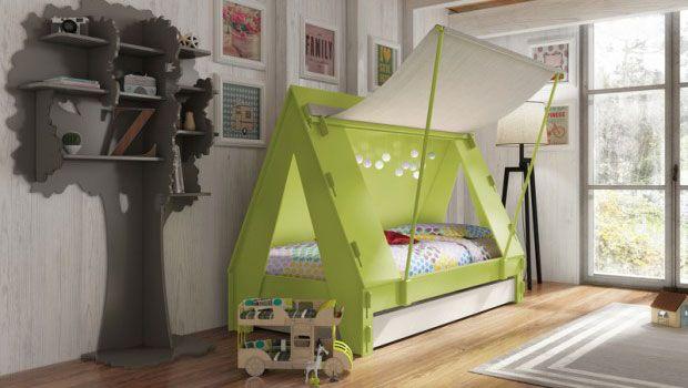 Visitando la tienda online bobokids.co.uk nos hemos encontrado con esta original cama con forma de tienda de campaña para niños, que divertida! Ideal para jugar e imaginar que vamos de acampada y dormimos debajo de las estrellas. Los peques podrán convertirse en indios, exploradores o lo que se