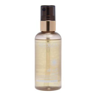Redken All Soft Argan 6 Oil nutre e protege intensamente os cabelos. Proporciona suavidade intensa, hidratação e condicionamento profundo, além de melhoria da flexibilidade dos fios.