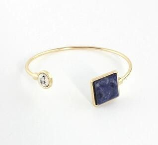 Fine or Fashion: Fashion Bracelets Type: Bangles Diameter: adjust Style: Trendy Gender: Women Setting Type: Channel Setting Material: Stone Plating: 18K Gold Plated Metals Type: Zinc Alloy Shape\patte