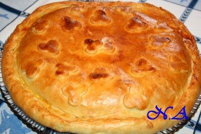 Пирог с тунцом и яицами