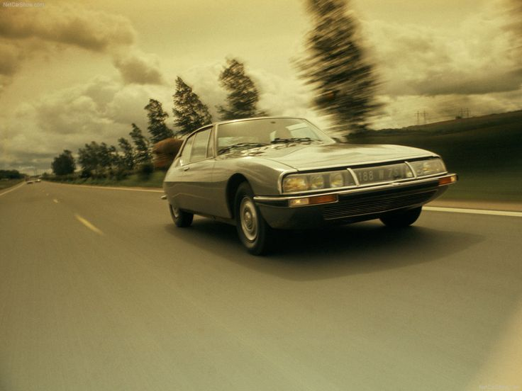 Citroën SM: Citroën genious at its best with a Maserati engine