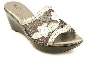 White Mountain Rosepetal Women Open Toe Synthetic Silver Wedge Sandal.