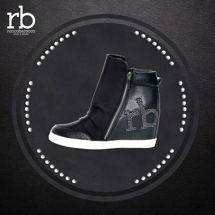 Pratica e chic la sneakers alta OLIMPICO firmata Rb di Roccobarocco. La trovi da Miriade in tre colori di tendenza: nero, taupe e grigio. Scopri la collezione di scarpe Rb al http://www.miriadespa.it/catalogo/index.php… #shoes #collection #rb #roccobarocco #moda #fallwinter2016