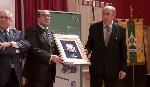 """#Airforce receives the #Award #Work #Value in Day of the Marches in #Recanati city. The good entrepreneurship #Marche Region, the added value of workers and, more generally, the entire staff of a company, the leit motif of the 5th edition of the Prize Value Work""""."""