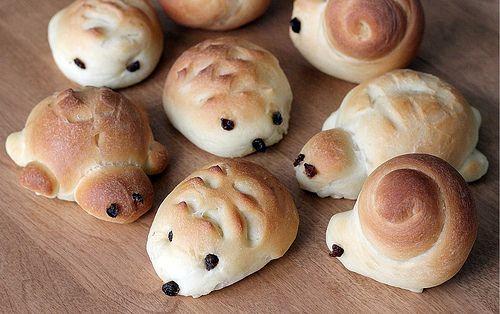 Hedgehog rolls...I'll make these for my boy, Ben