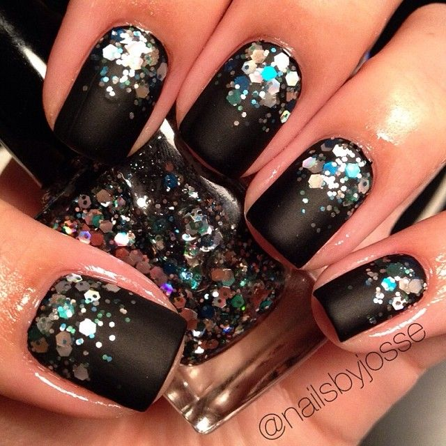 Black Matte and sparkle nails - Best 25+ Black Sparkle Nails Ideas On Pinterest Winter Nails