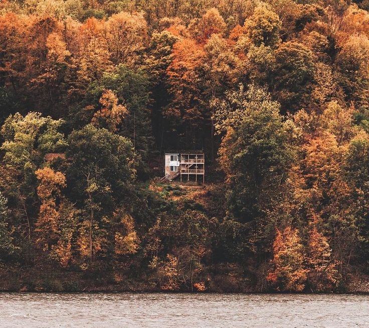 Grab a Book: 10 Destinations to Unplug This Fall