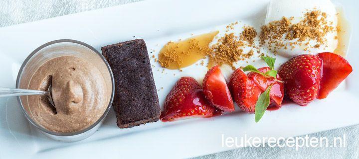 Chocolademousse brownie vanilleijs