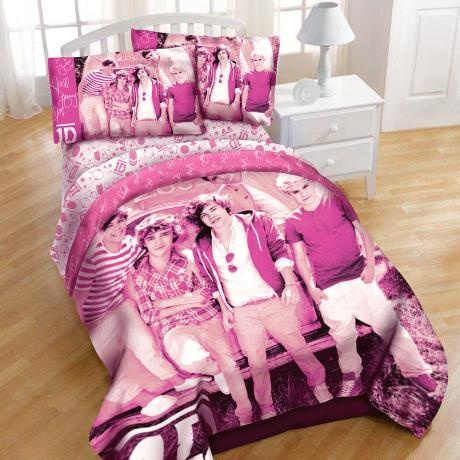 8 best one direction covers images on pinterest bedroom ideas bedding and beds. Black Bedroom Furniture Sets. Home Design Ideas