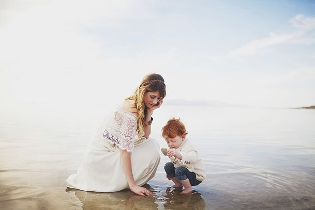 discovery. mother and son. beach portrait. beach.