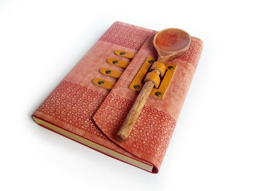 Great idea! Book cover - journal cover - Recipe book with wooden spoon.    (by a LexLibris)