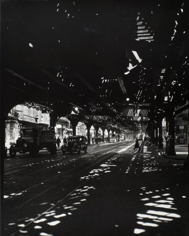 Changing New York: Berenice Abbott's Stunning Black-and-White Photos from the 1930s | Brain Pickings