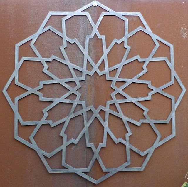 Steel Medallion pattern