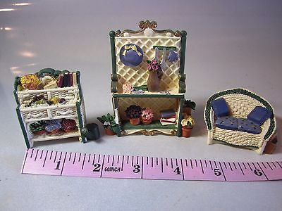 Dollhouse-Furniture-Miniature-Resin-Outdoor-Patio-Set-Potting-Bench-Couch-Hutch